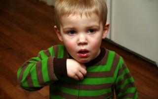 Какие капли от насморка эффективны для лечения детей от года