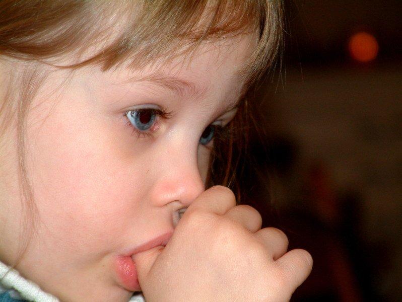 причины стоматита у детей